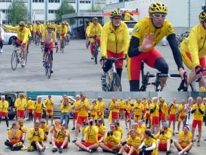 Radfahrer der Promi Tour Ginkgo im Arbachtal