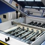 Blick in eine Vakuum Ätz Anlage fuer die Leiterplattenindustrie