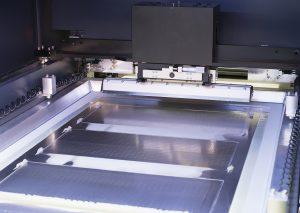 Das Multistep-Verfahren segmentiert Schablone und Leiterplatte
